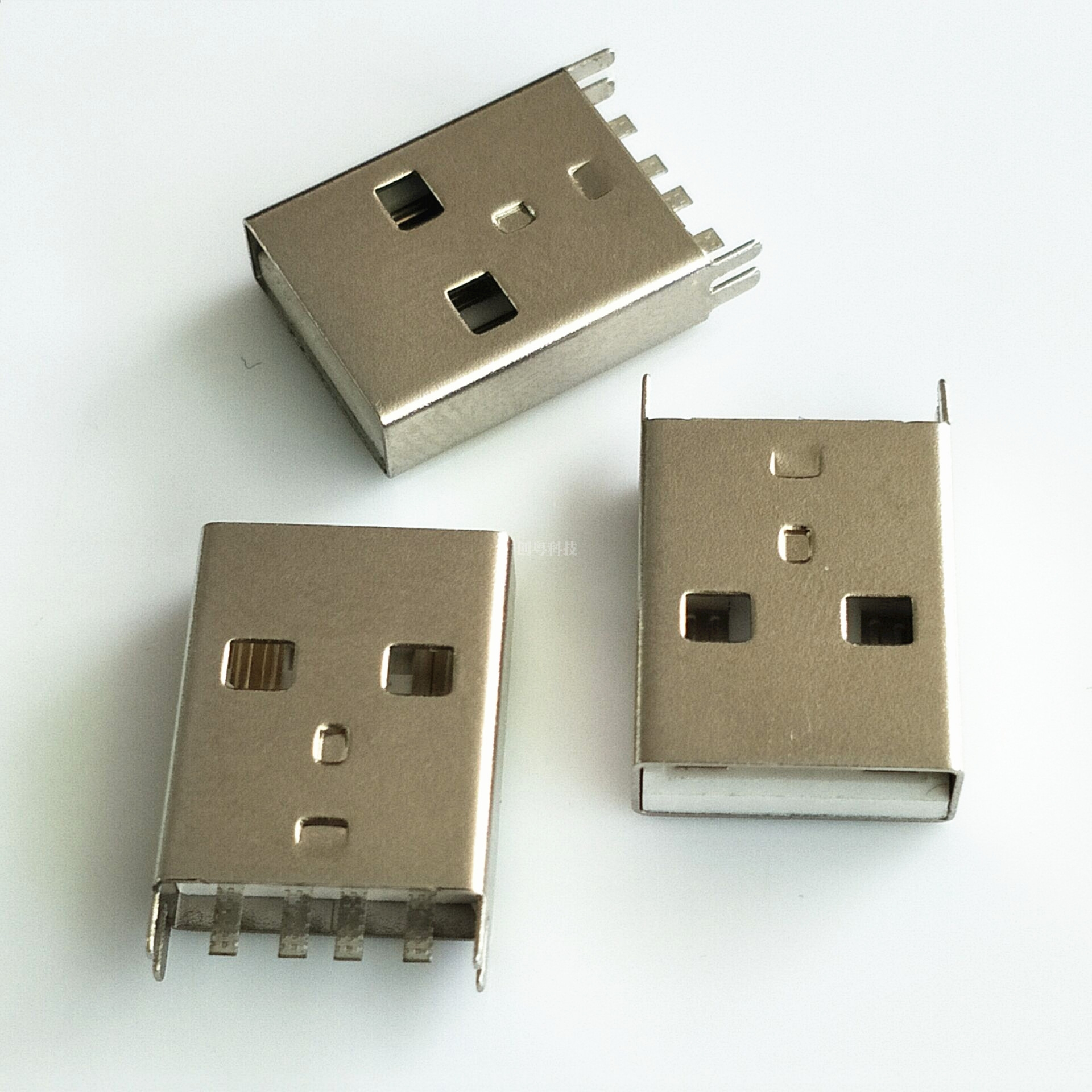 USB 夹板公头