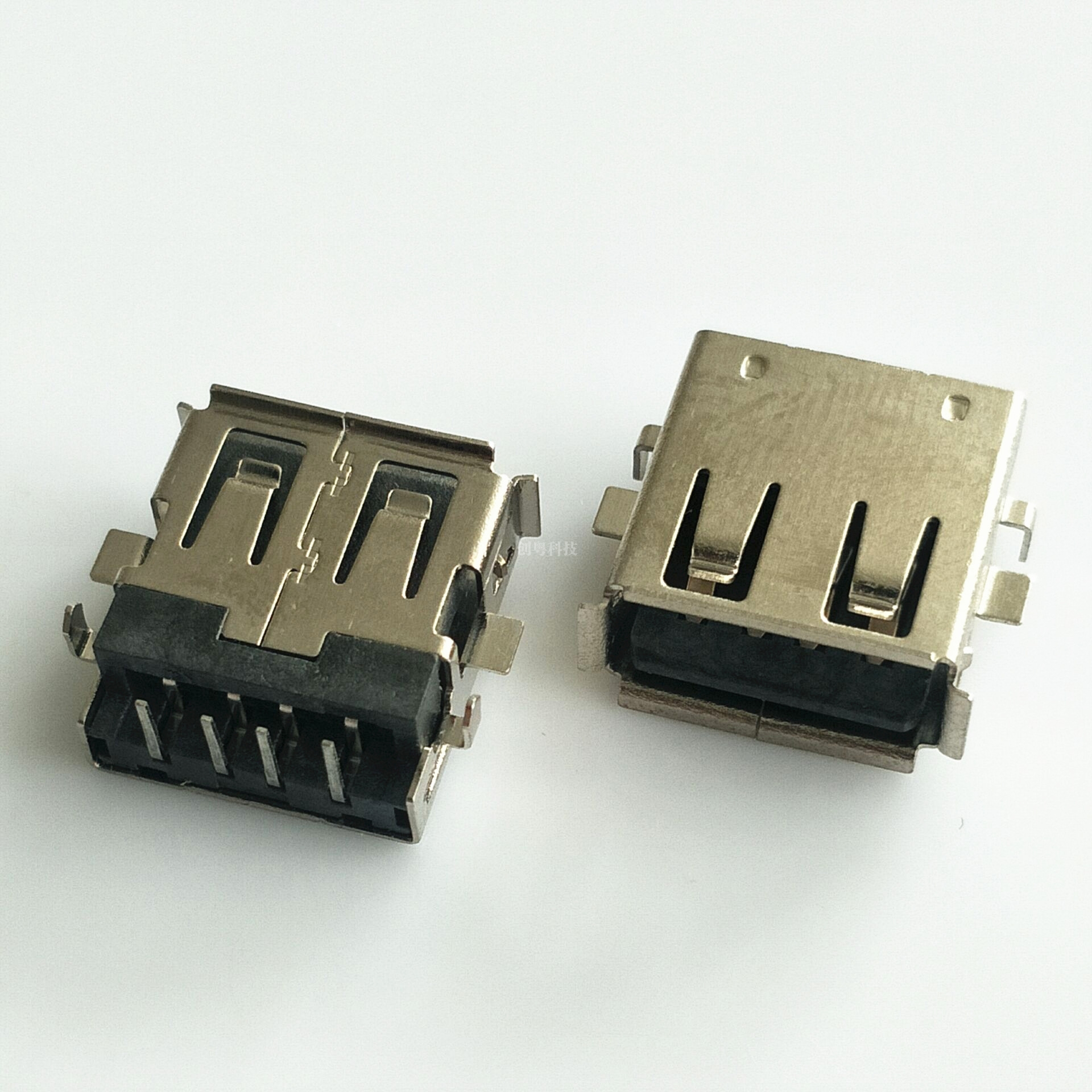 USB沉板母座